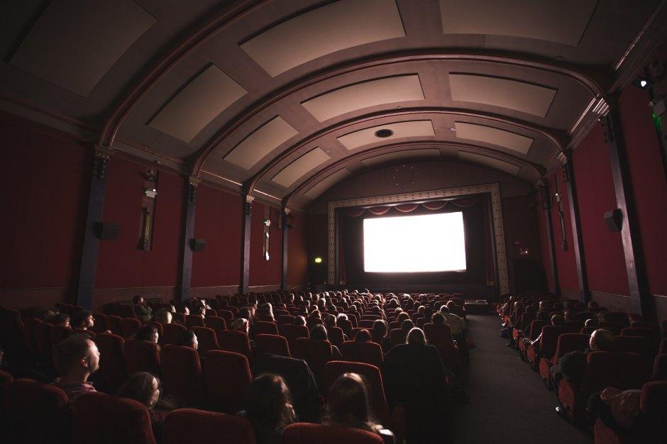 Theatre vs. Theater - Which is Correct?